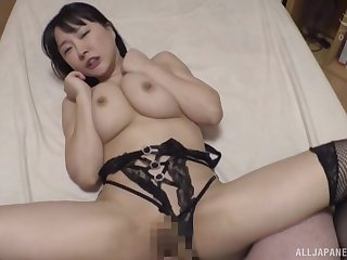 Looking well done in inky lingerie, Hanyuu Arisa gets her cunt saturated