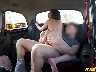 Youthful Stacy Sommers had hardly ever idea how this cab ride would turn out