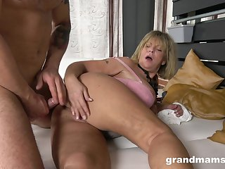 Granny takes her dose of cock nigh a verge on XXX