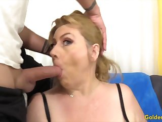 Golden Slut - Mature Girlfriends Giving Head Compilation